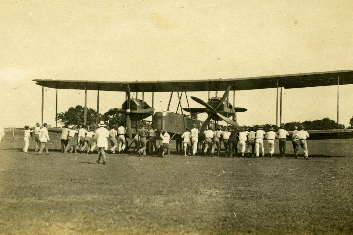 Ross and Keith Smith's aeroplane in Darwin in 1919.