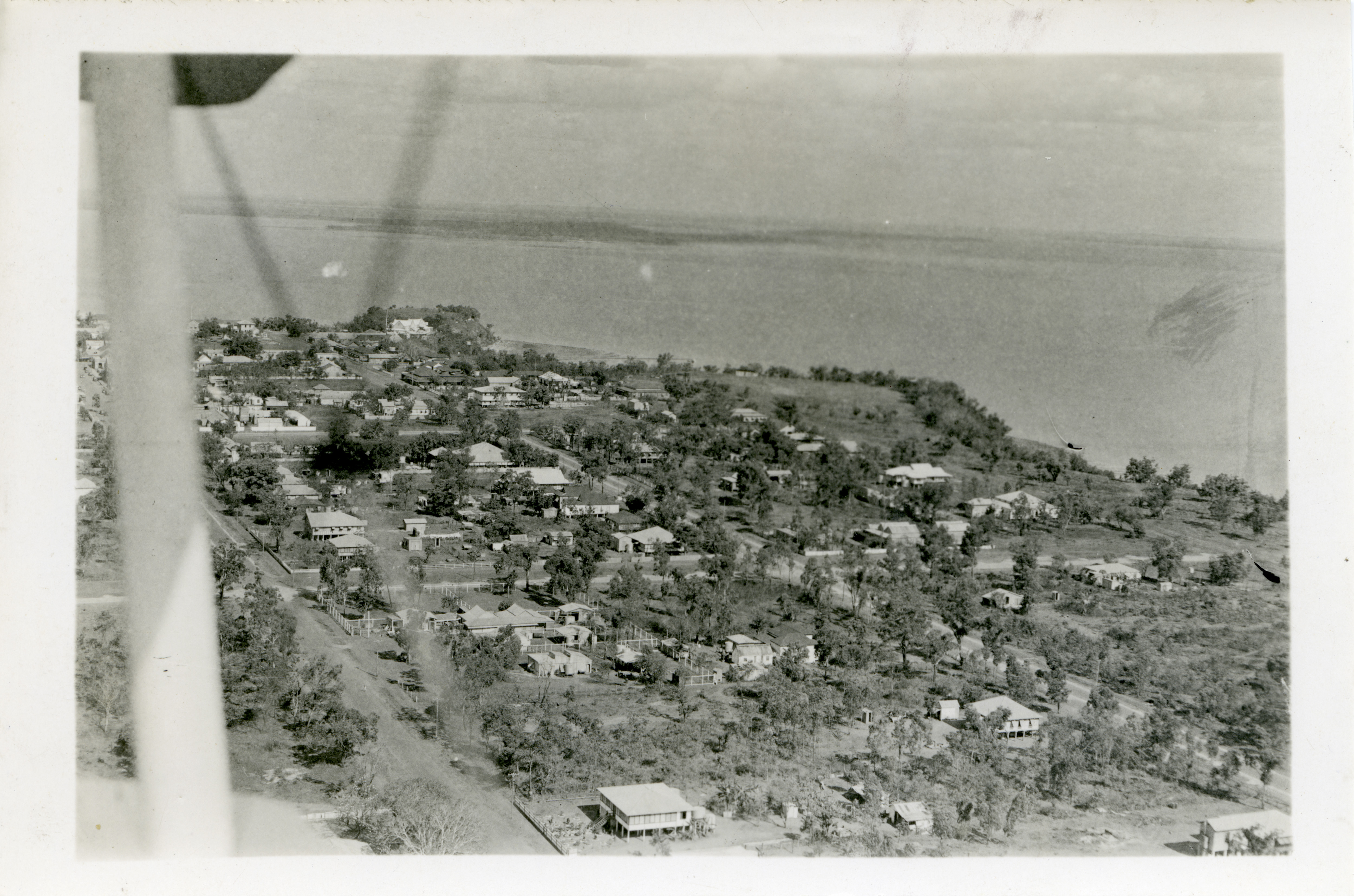 Aerial view of Darwin, date unknown possibly 1939, (postcard) Fort Hill clearly shown.